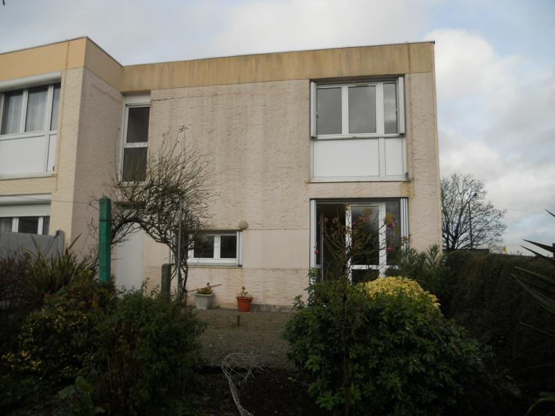 Locminé - Résidence RESIDENCE ARC EN CIEL - T 5 - 405,31€/mois (29-90-21)