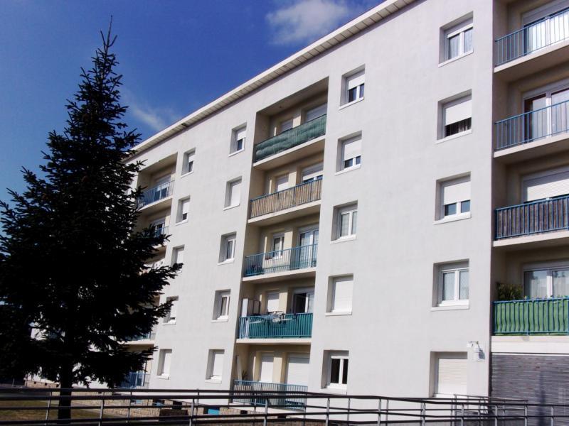 Lanester - Résidence RESIDENCE LA BELLE VUE - T 4 - 360,58€/mois (14-6-15)