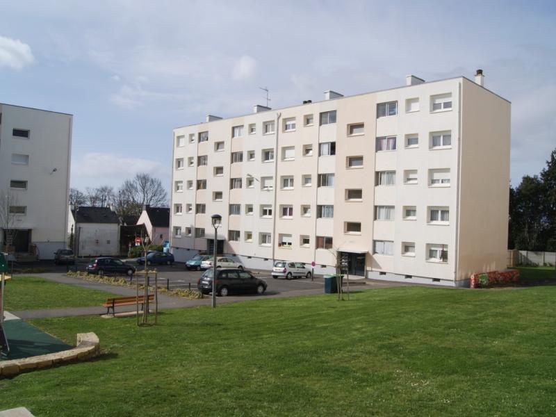 Lanester - Résidence RUE PASTEUR - T 4 - 400,51€/mois (24-4-13)