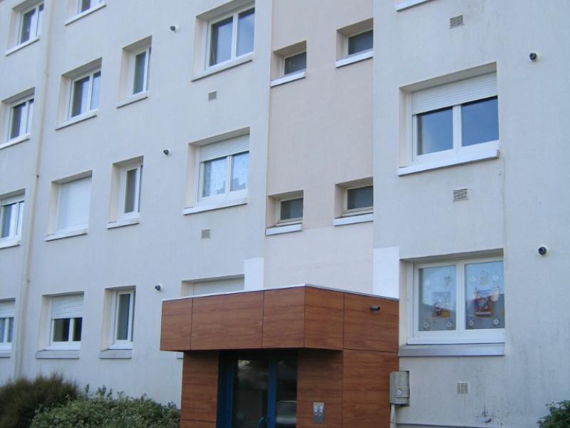 Port-Louis - Résidence ROUTE DE LOCMALO - T 4 - 418,18€/mois (48-2-11)