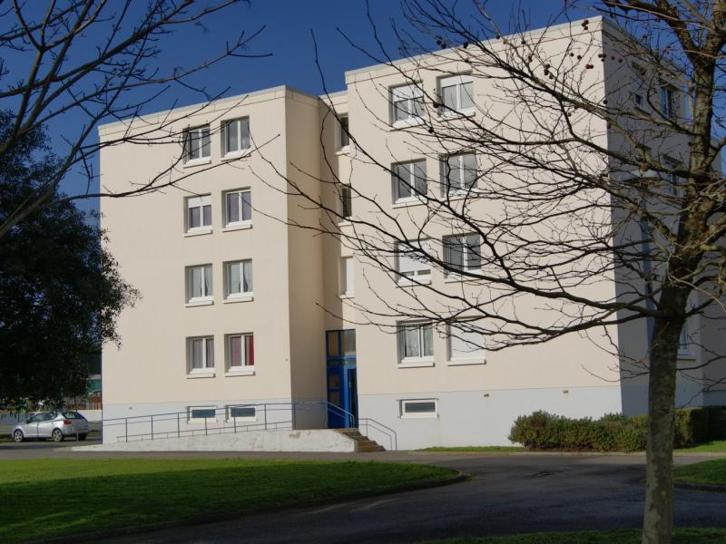 Etel - Résidence RUE DES ECOLES - T 3 - 312,09€/mois (67-1-6)