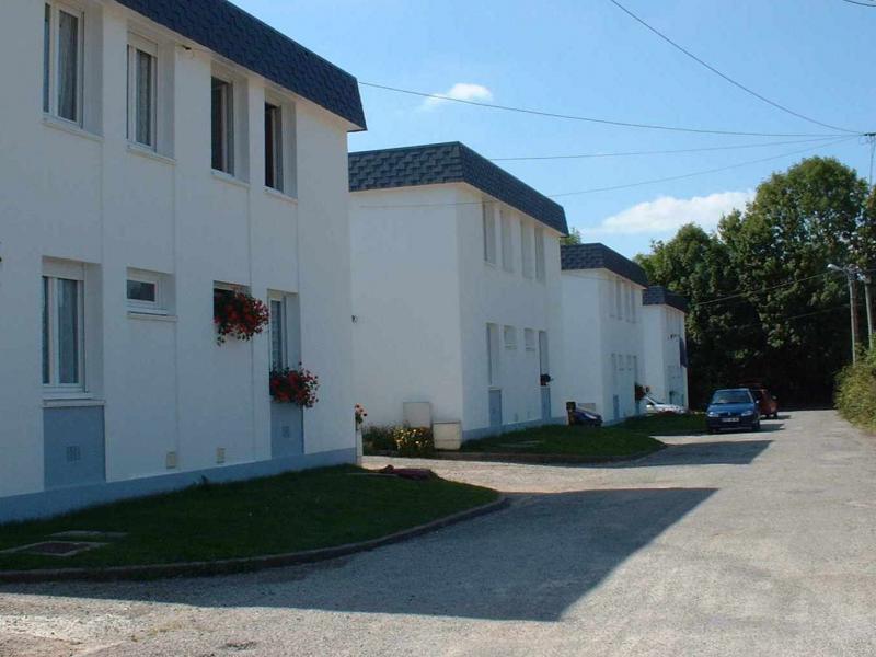 Pluvigner - Résidence RESIDENCE DE LA CROIX COURTE - T 3 - 326,93€/mois (74-90-28)