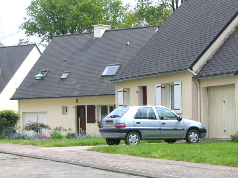 Guilliers - Résidence ROUTE DE PLOERMEL - T 4 - 390,65€/mois (179-90-7)