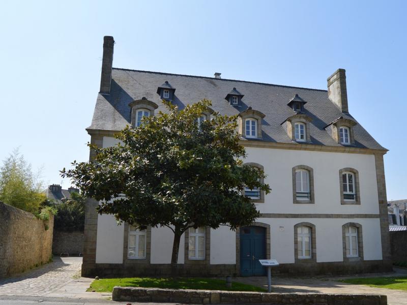 Auray - Résidence 8 RUE DU JEU DE PAUME - T 4 - 450,6€/mois (206-1-4)