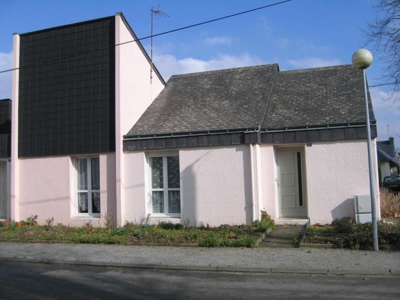 Pont-Scorff - Résidence SQUARE DU 7EME BATAILLON - T 3 - 372,74€/mois (235-1-1)