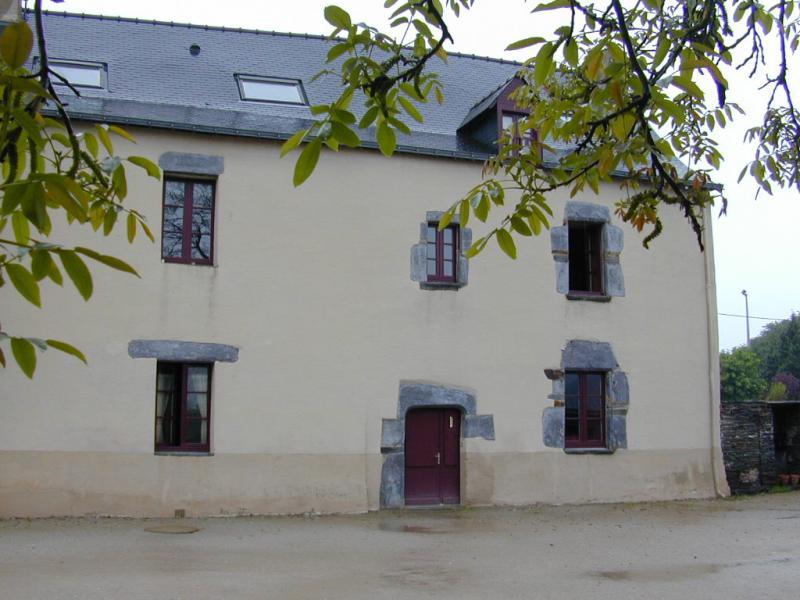 Les Fougerêts - Résidence 8  RESIDENCE DU STADE - T 2 - 353,41€/mois (357-90-2)
