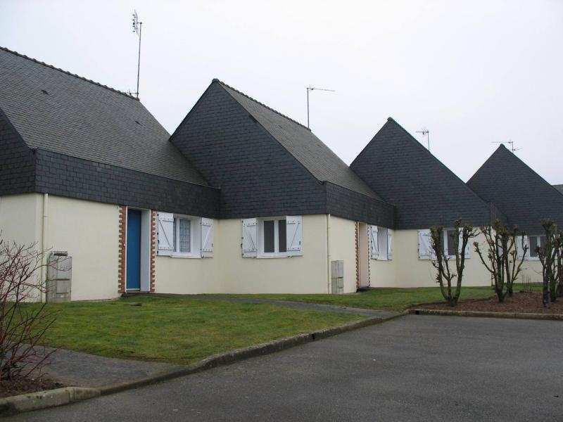 Pluméliau - Résidence 34 RUE JEAN PIERRE CALLOCH - T 2 - 376,16€/mois (387-90-9)