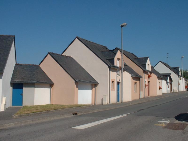 Plumergat - Résidence RUE DES FRERES BULEON - T 3 - 447,9€/mois (445-90-6)