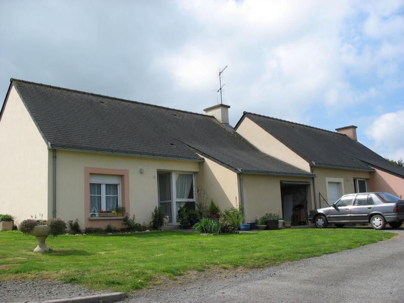 Cournon - Résidence LOTISSEMENT COMMUNAL - T 4 - 500,7€/mois (488-90-8)