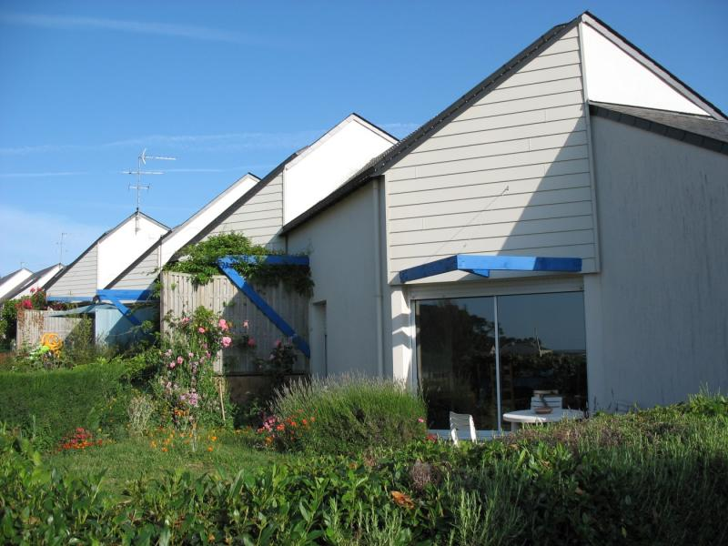 Saint-Philibert - Résidence RUE DU VIEUX PONT - T 3 - 437,75€/mois (667-90-8)