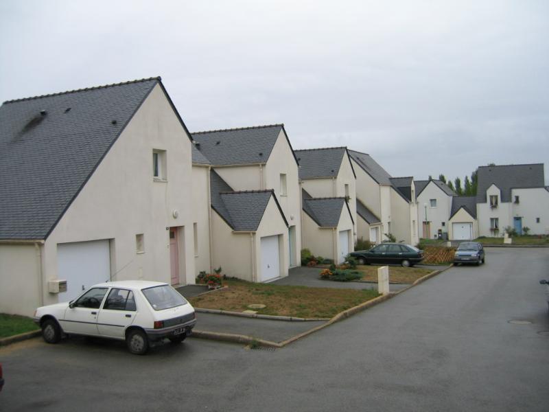 Merlevenez - Résidence RUE LOUISE PELISSIER - T 3 - 432,68€/mois (675-90-8)